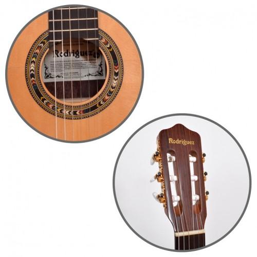 sayfanın sol kısmında bulunan resimde bir Gitar Klasik 4/4 flamengo örneği vardır